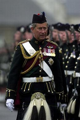 HRH The Prince Charles inspects No 2 guard